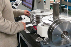 Deadweight Tester Calibration Lab Services